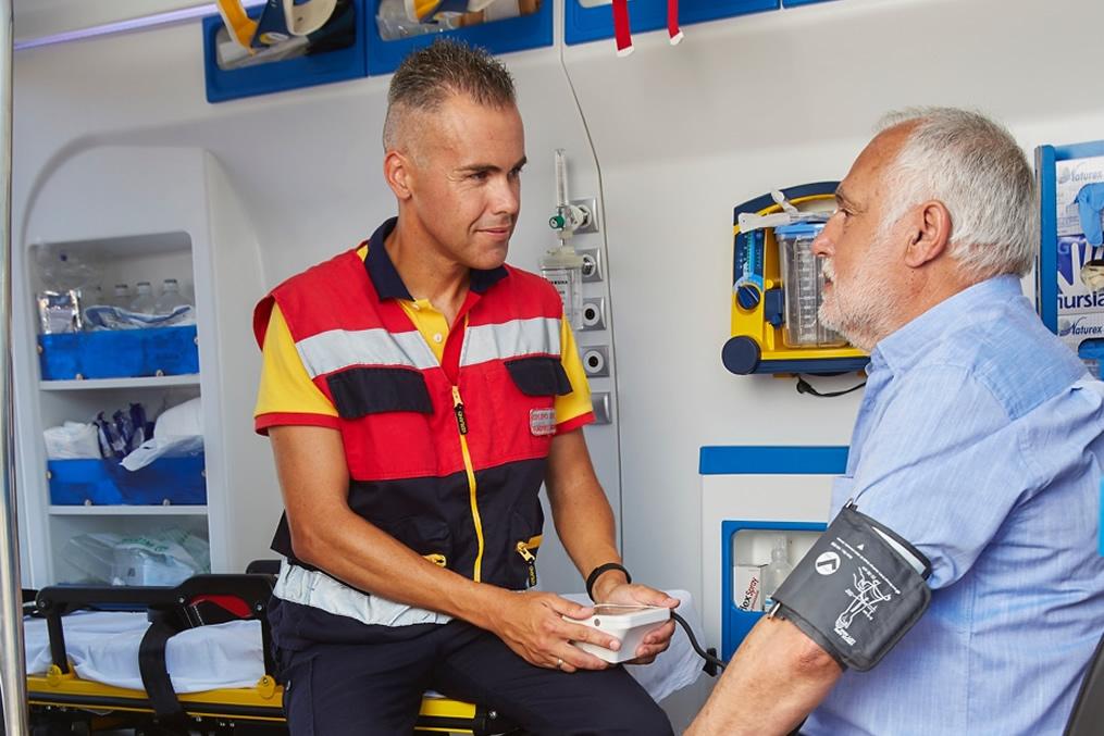 Transporte sanitario para clínicas y seguros