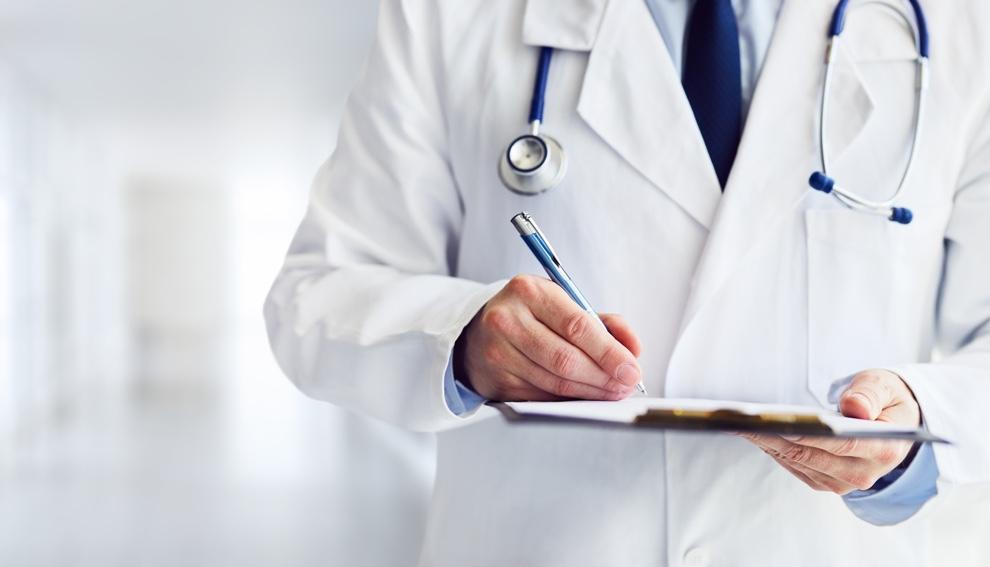 Personal sanitario de la ambulancia