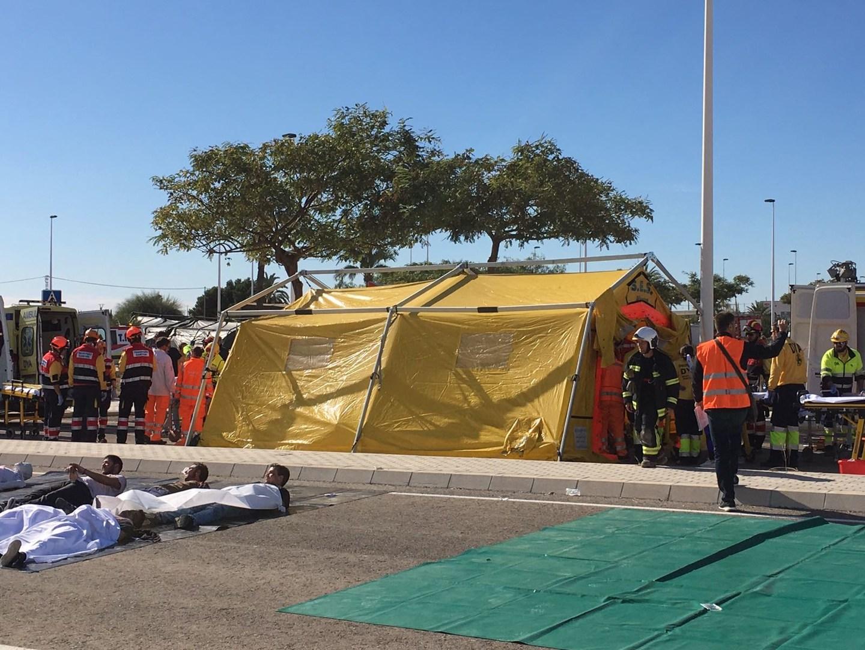 Las Ambulancias de Transporte Sanitario Ayuda participan en un simulacro de accidente aéreo